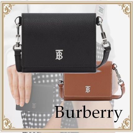 Burberry Small grained leather wallet with removable strap (Burberry/折りたたみ財布) 80271581