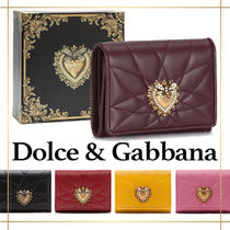 直営店 『Dolce & Gabbana』Small devotion continental wallet