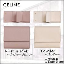 【即納・関税無料】CELINE Grained Calfskin Small Trifold 財布