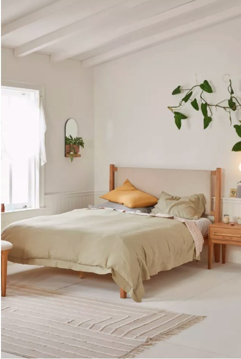 Queen《UO》Marte Platform Bed 北欧モチーフ ベッドフレーム (Urban Outfitters/ベッド・ヘッドボード) 65176828