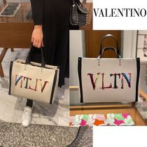 ◆ヴァレンティノ直営店◆Medium VLTN graph canvas tote bag◆