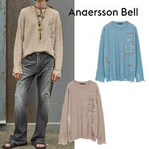 ANDERSSON BELL - UNISEX LINEN EMBROIDERY FACE CREWNECK SWEAT