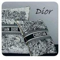 <関税・送料込み>DIOR SMALL SQUARE CUSHION #新作