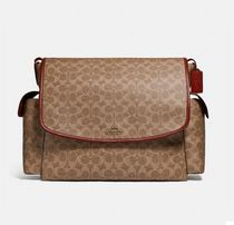 Coach(コーチ) マザーズバッグ Coach ◆ 99291 Baby messenger bag in signature canvas