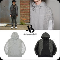 [ANDERSSON BELL]UNISEX FABRIC CONTRAST SEOUL 21 HOODIE