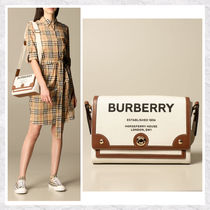 【BURBERRY】Horseferryプリント キャンバス クロスボディバッグ