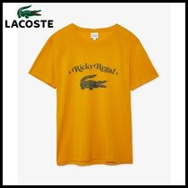 LACOSTE(ラコステ) Tシャツ・カットソー LACOSTE Unisex Loose Neck Print Cotton T-Shirt x Ricky Regal