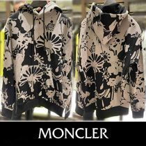 21SS【MONCLER】グラフィックプリントスエット/フェルトロゴ入り