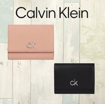 ★Calvin Klein コンパクトウォレット★