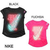 ★Nike★SHORT SLEEVE GRAPHIC Tシャツ