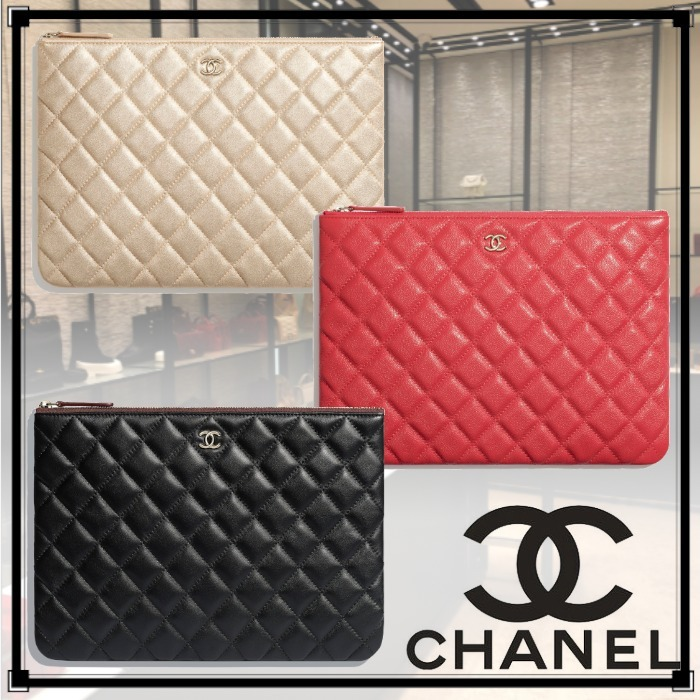 21SS最新作◆Chanel◆クラシック ポーチ 化粧ポーチ CC ロゴ (CHANEL/ポーチ) A82545 B05133 NB812  A82545 Y33352 NA115  A82545 Y04059 C3906