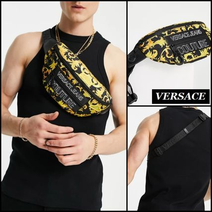 【Versace Jeans】Couture バロック プリント ボディバッグ ♪