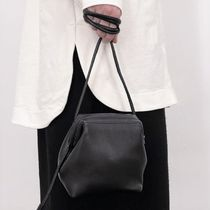 """COS(コス) ショルダーバッグ・ポシェット """"COS"""" KNOTTED STRAP LEATHER BAG BLACK"""