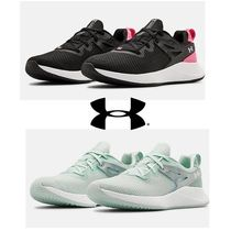 UNDER ARMOUR 20F UA W CHARGED BREATHE TR 2 NM♪
