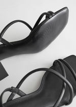 & Other Stories☆Chunky Strap Heeled Leather Sandals(black)