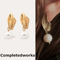 Completedworks◇国内配送 UNFOLDED ゴールドxパール ピアス