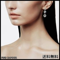 [FINDKAPOOR]CUBIC LINE 3 WHITE EARRINGS