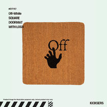 人気話題!Off-White SQUARE DOORMAT WITH LOGO
