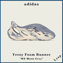 "【adidas】激レア イージー YEEZY FOAM RUNNER ""MX MOON GRAY"""