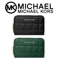 大人気【MICHAEL KORS】Small Quilted Leather Wallet