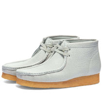 Clarks(クラークス) ブーツ 関税込み★CLARKS ORIGINALS X SPORTY & RICH WALLABEE BOOT