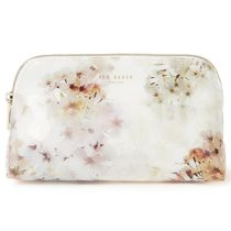 TED BAKER(テッドベーカー) メイクポーチ Ted Baker★花柄☆Suvii メイクポーチ