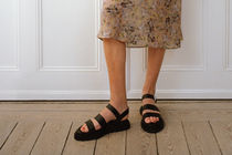 """☆""""& Other Stories""""新作☆Chunky Sole Leather Sandals(black)"""