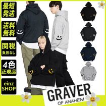 【GRAVER】Elbow Smile Drawing White Clip Hoodie