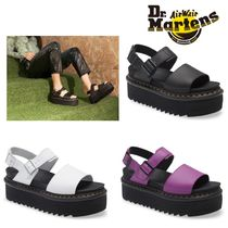 【DR. MARTENS】Voss Quad Hydro Leather Platform サンダル☆