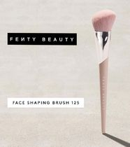 FENTY BEAUTY / FACE SHAPING BRUSH 125
