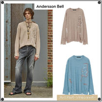 ANDERSSON BELLのLINEN EMBROIDERY FACE CREWNECK SWEATER 全2色