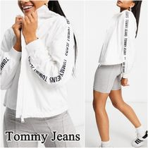 【Tommy Jeans】袖ロゴ テープスリーブ ウインドブレーカー