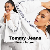 *Tommy Jeans* 袖ロゴテープスリーブ ウインドブレーカー