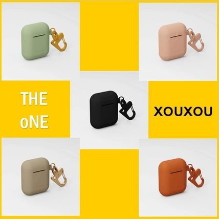 【XOUXOU】SILICONE AIRPODS CASE カラビナ付き