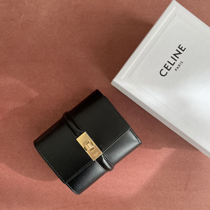 送料込【CELINE】SMALL TRIFOLD WALLET IN SHINY CALFSKIN