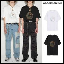 ●ANDERSSON BELL● UNISEX SMILE EARTH EMBROIDERY T-SHIRT