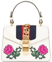 GUCCI Sylvie チェーン&アップリケ付き レザー トートバッグ
