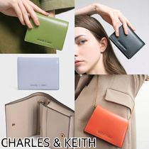 CHARLES & KEITH スクエア★チェーン付ミニウォレット