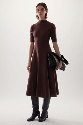 """COS"" セール☆HIGH NECK KNITTED MIDI SKATER DRESS(brown)"
