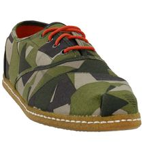 TOMS(トムス) スニーカー 【TOMS】送料・関税込 Cordones Lace Up Sneakers Washed Camo