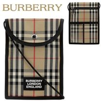 Burberry正規品/関税送料込み Vintage Check smartphone pouch