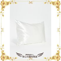 ★関税込★White Queen Pillow Case & Pink Sleep Mask