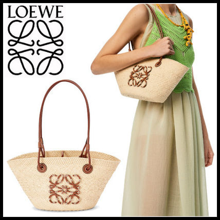 【LOEWE】Small Anagram basket bag in iraca palm and calfskin