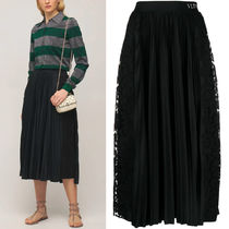 V2225 JERSEY AND LACE PLEATED SKIRT