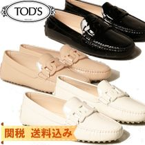 【TODS】Tod's Gommini moccasin in leather with chain
