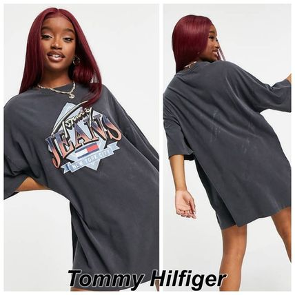Tommy Jeans ヴィンテージグラフィック Tシャツワンピース