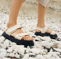 """☆""""& Other Stories""""新作☆Croc Embossed Leather Sandals(白)"""