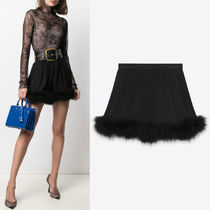 WSL1943 GATHERED SHORTS IN SILK CREPE MUSLIN AND FEATHERS