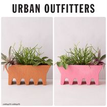 Urban Outfitters Wavy Base Clay Box Planter【スモール】