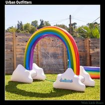 Urban Outfitters(アーバンアウトフィッターズ) バストイ・水遊びグッズ 【Urban Outfitters】 Giant Rainbow スプリンクラー ★
